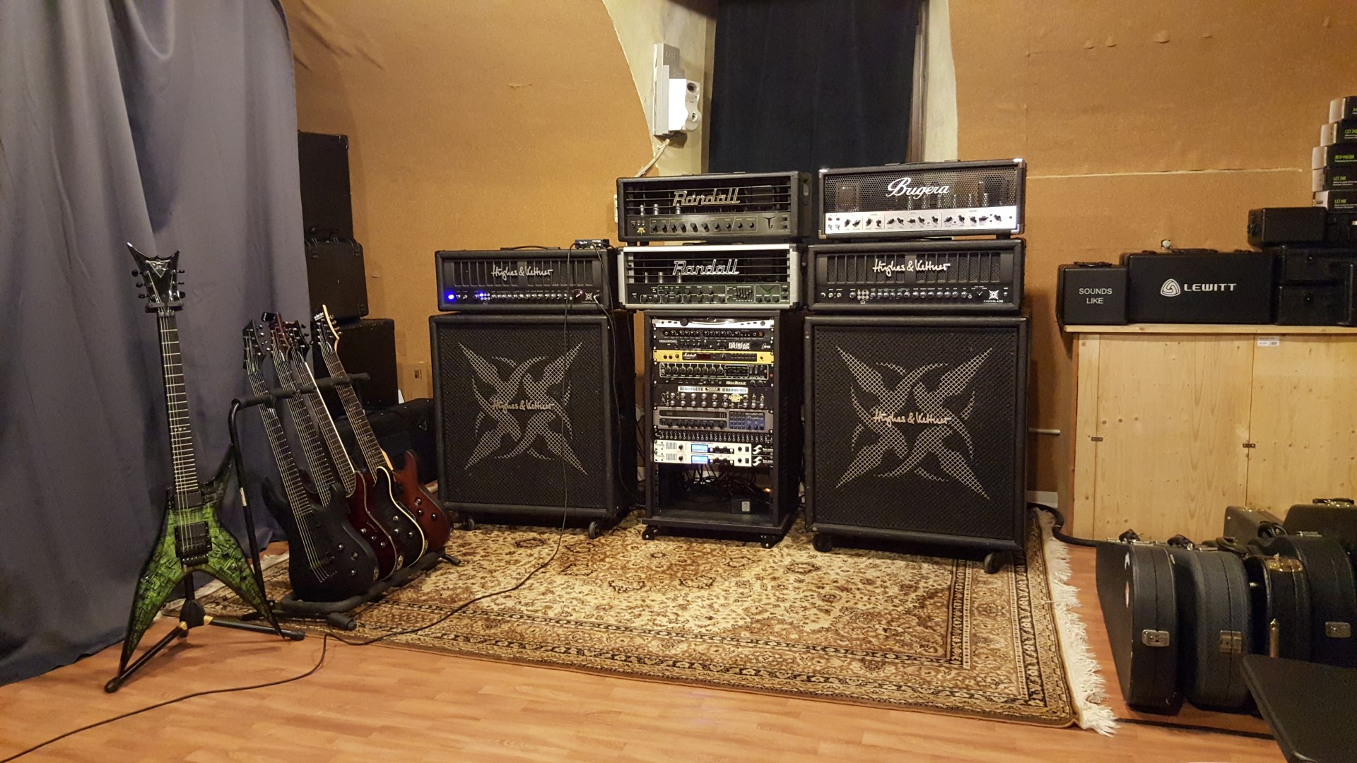 Guitars Recording Gear